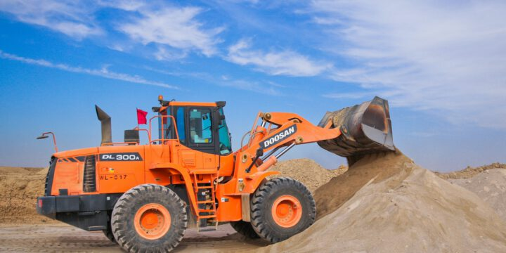 In need of an excavator? Read our advice!